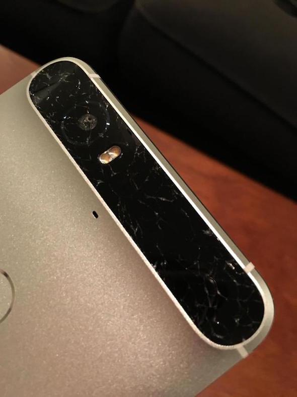 nexus-6p-camera-glass-damage-2