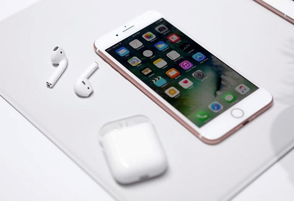 iphone_7_airpods_