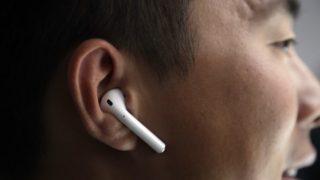 حيلة لتحسين جودة الصوت عند استخدام سماعة أذن واحدة